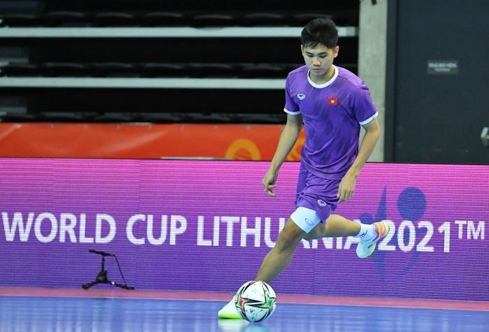 Bốc profile 16 cầu thủ futsal Việt Nam được đăng ký tại World Cup - Ảnh 13.