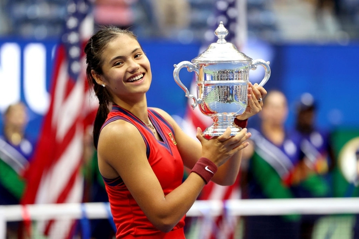 Nữ tay vợt tuổi teen xinh đẹp vô địch US Open, ẵm khoản tiền thưởng cực khủng - Ảnh 3.