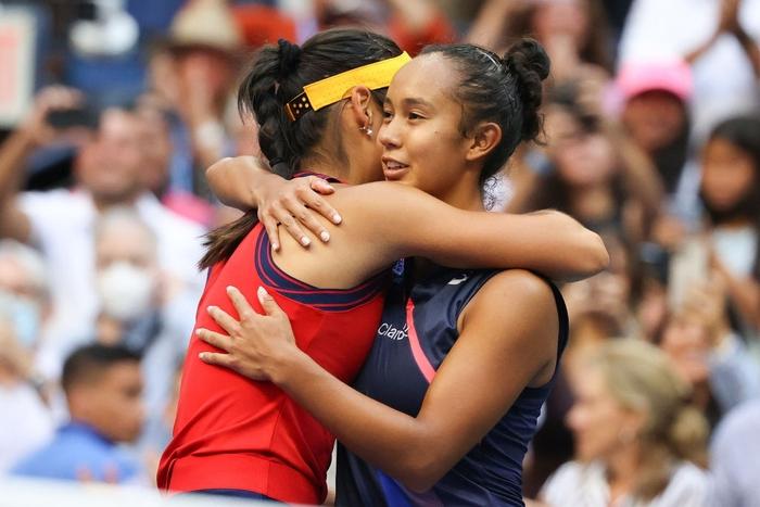 Nữ tay vợt tuổi teen xinh đẹp vô địch US Open, ẵm khoản tiền thưởng cực khủng - Ảnh 9.