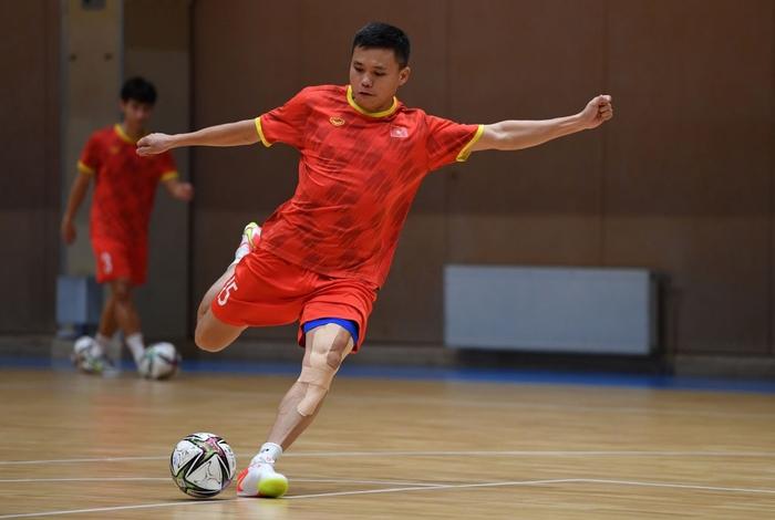 Bốc profile 16 cầu thủ futsal Việt Nam được đăng ký tại World Cup - Ảnh 15.