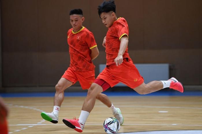 Bốc profile 16 cầu thủ futsal Việt Nam được đăng ký tại World Cup - Ảnh 10.