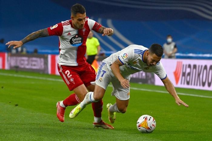 Real Madrid lên đỉnh BXH La Liga trong ngày trở lại Santiago Bernabeu sau 18 tháng - Ảnh 4.