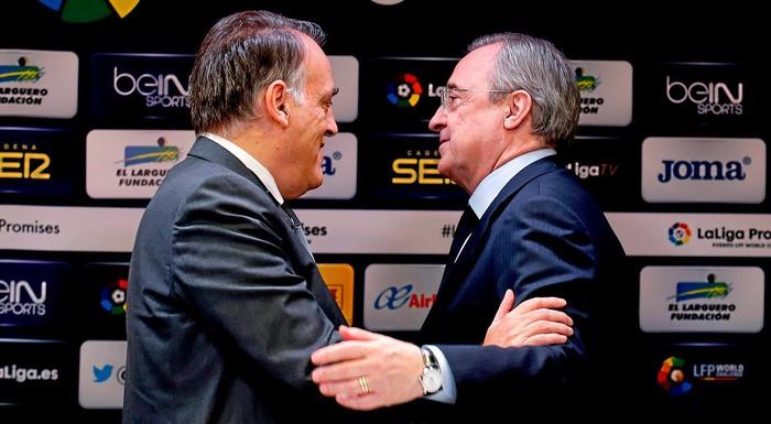 """Chủ tịch La Liga công khai chỉ trích Real Madrid vì đã biến Barca thành """"con tin"""" - Ảnh 1."""