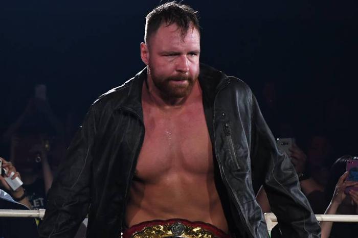 Cơn ác mộng lặp lại của công ty đô vật khổng lồ WWE - Ảnh 4.