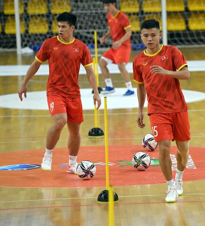 Đội tuyển futsal Việt Nam thả lỏng và hồi phục thể trạng trước trận Panama - Ảnh 7.