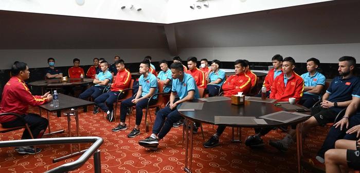 Đội tuyển futsal Việt Nam được động viên tinh thần trước trận đấu với Panama - Ảnh 1.