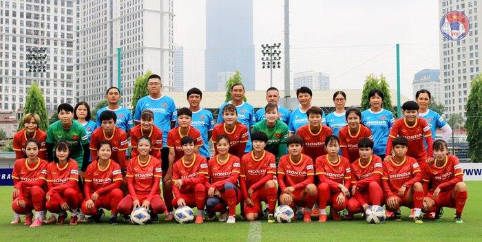 HLV Mai Đức Chung chốt danh sách 23 cầu thủ tham dự vòng loại Asian Cup 2022: Cơ hội cho các cầu thủ trẻ - Ảnh 1.