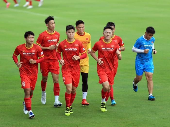 Công Phượng cực vui trong buổi tập đầu tiên cùng tuyển Việt Nam ở vòng loại 3 World Cup 2022 - Ảnh 4.