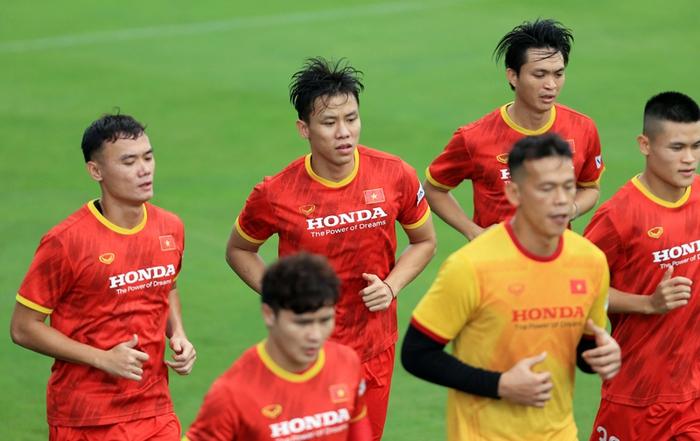 Công Phượng cực vui trong buổi tập đầu tiên cùng tuyển Việt Nam ở vòng loại 3 World Cup 2022 - Ảnh 6.