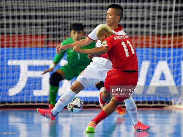 Tuyển futsal Việt Nam hạ gục Panama bằng màn trình diễn quả cảm, mở ra cơ hội vào vòng knock-out World Cup. - Ảnh 6.