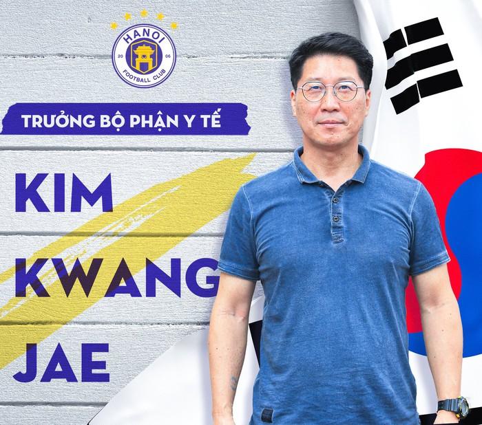 Hà Nội FC bổ sung chuyên gia y học Hàn Quốc sau cuộc khủng hoảng chấn thương - Ảnh 1.
