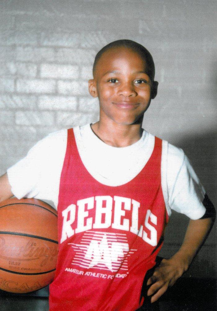 Top những cầu thủ NBA học giỏi nhất với điểm số cao ngất ngưởng - Ảnh 2.