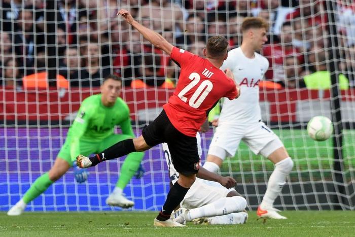 Tottenham bất ngờ bị đối thủ dưới cơ cầm hòa trong ngày ra quân Conference League - Ảnh 3.