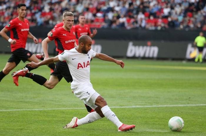 Tottenham bất ngờ bị đối thủ dưới cơ cầm hòa trong ngày ra quân Conference League - Ảnh 1.