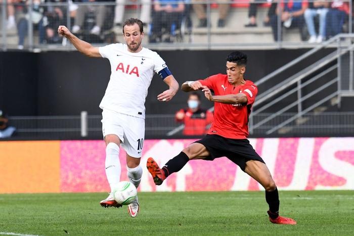 Tottenham bất ngờ bị đối thủ dưới cơ cầm hòa trong ngày ra quân Conference League - Ảnh 2.