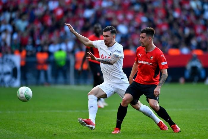 Tottenham bất ngờ bị đối thủ dưới cơ cầm hòa trong ngày ra quân Conference League - Ảnh 9.
