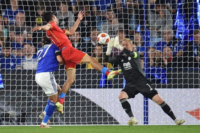 Thi đấu thiếu tập trung, Leicester City nhọc nhằn để Napoli cầm hòa với tỷ số 2-2 - Ảnh 4.