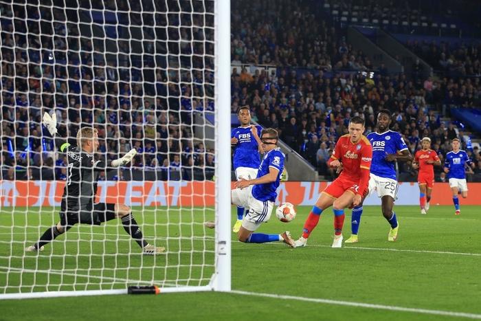 Thi đấu thiếu tập trung, Leicester City nhọc nhằn để Napoli cầm hòa với tỷ số 2-2 - Ảnh 3.