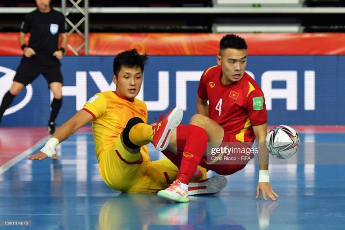 Chủ công bóng chuyền đến người gác đền  số một futsal Việt Nam - Ảnh 2.