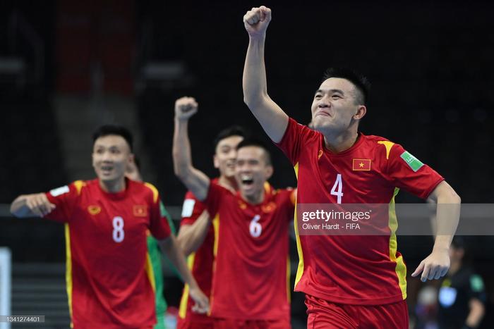 Vào vòng 1/8 World Cup, tuyển futsal Việt Nam được thưởng 1 tỷ đồng - Ảnh 1.