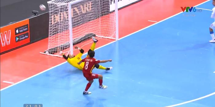 Kết quả Việt Nam 1-1 CH Czech: Việt Nam lần thứ hai trong lịch sử tiến vào vòng 16 đội futsal World Cup - Ảnh 8.