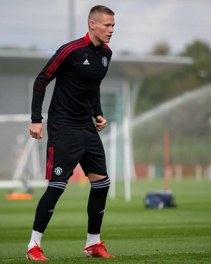"""Trực tiếp West Ham vs MU: """"Thuốc thử"""" hạng nặng cho Ronaldo - Ảnh 1."""