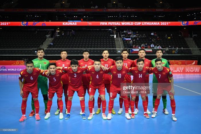 Trực tiếp VCK futsal World Cup, Việt Nam 0-0 CH Czech: Đức Tùng chấn thương rời sân, hiệp 1 kết thúc - Ảnh 8.