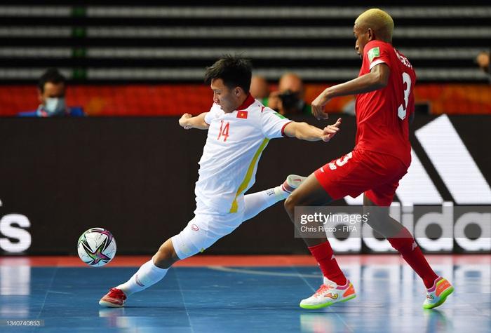 Vào đến vòng 16 đội World Cup 2021, các tuyển thủ futsal Việt Nam vẫn chỉ có lượt theo dõi khiêm tốn trên mạng xã hội - Ảnh 15.