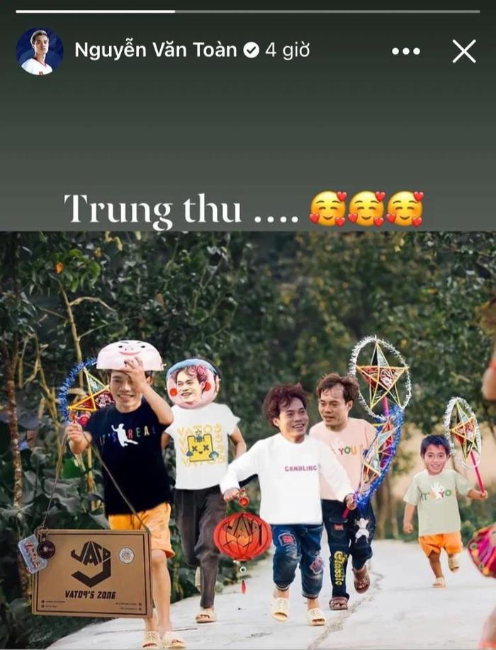 Cầu thủ tuyển Việt Nam đón trung thu độc đáo bằng đèn lồng tự chế  - Ảnh 4.