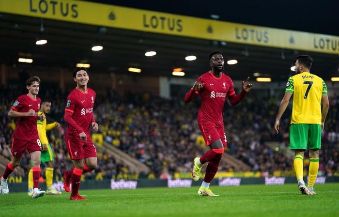 Hàng thủ tuyển Việt Nam chú ý, sát thủ Nhật Bản vừa toả sáng giúp Liverpool thắng đậm - Ảnh 5.