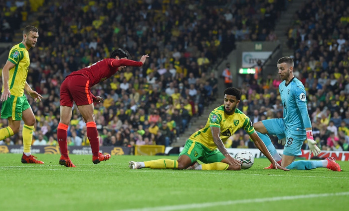 Hàng thủ tuyển Việt Nam chú ý, sát thủ Nhật Bản vừa toả sáng giúp Liverpool thắng đậm - Ảnh 6.