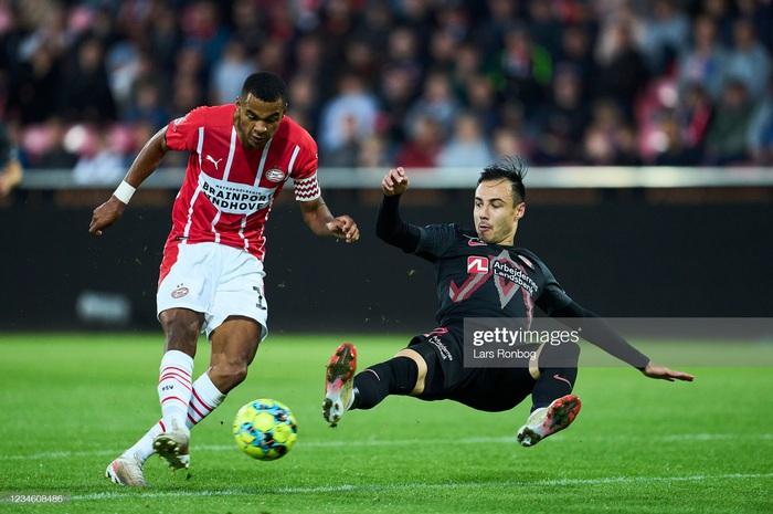 Khó gọi sao thi đấu tại châu Âu về, tuyển Malaysia tạo điều kiện cho cầu thủ trẻ - Ảnh 2.