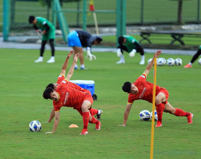 Tuấn Anh và đồng đội hào hứng khi trở thành thủ môn bất đắc dĩ cho tuyển Việt Nam - ảnh 24