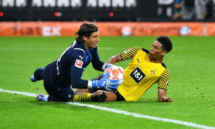 Vắng Haaland, Dortmund thua bạc nhược tại Bundesliga - Ảnh 8.
