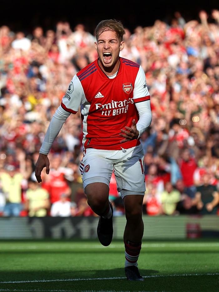 Arsenal 3-1 Tottenham: Smith-Rowe rực cháy giúp Pháo Thủ thắng lớn trận derby London - Ảnh 3.