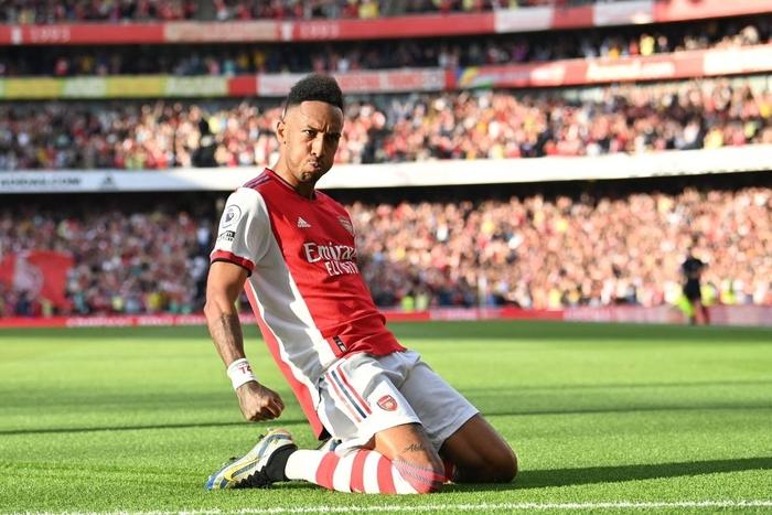 Arsenal 3-1 Tottenham: Smith-Rowe rực cháy giúp Pháo Thủ thắng lớn trận derby London - Ảnh 5.