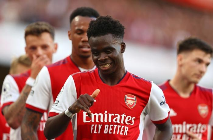 Arsenal 3-1 Tottenham: Smith-Rowe rực cháy giúp Pháo Thủ thắng lớn trận derby London - Ảnh 8.