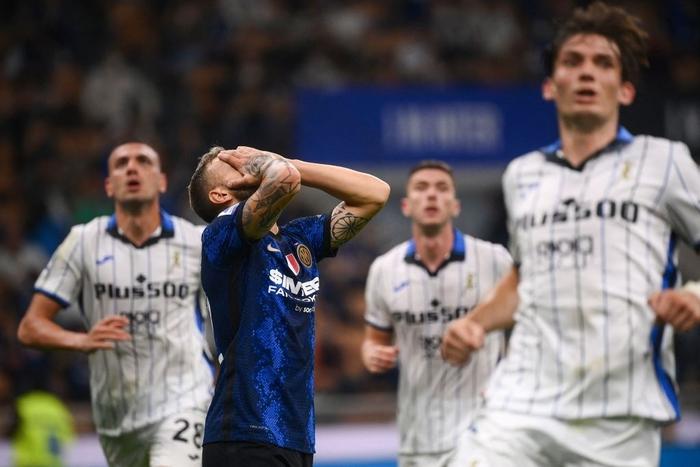 Đá hỏng 11m, Inter Milan đánh rơi chiến thắng ngay trên sân nhà - Ảnh 12.