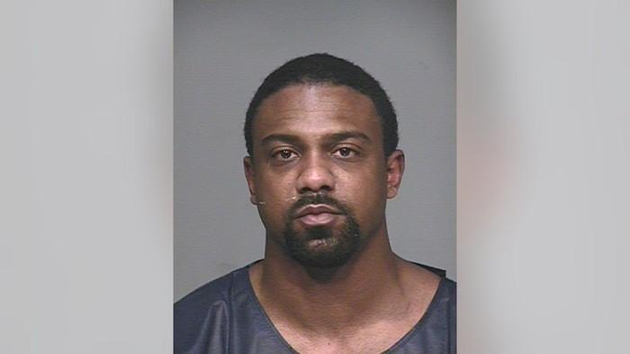 Con trai Michael Jordan bị bắt giam vì tấn công nhân viên y tế - Ảnh 2.