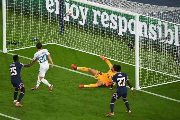 Messi cuối cùng cũng thông nòng giúp PSG hạ gục Man City trên sân nhà - ảnh 6