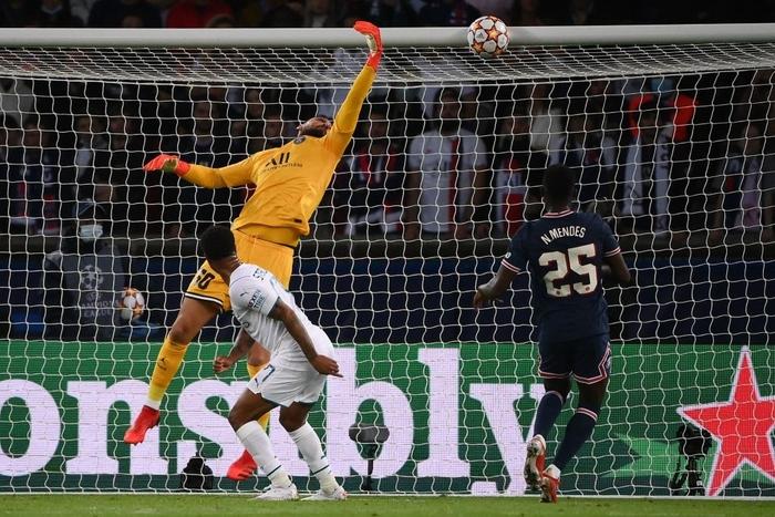 Messi cuối cùng cũng thông nòng giúp PSG hạ gục Man City trên sân nhà - ảnh 5