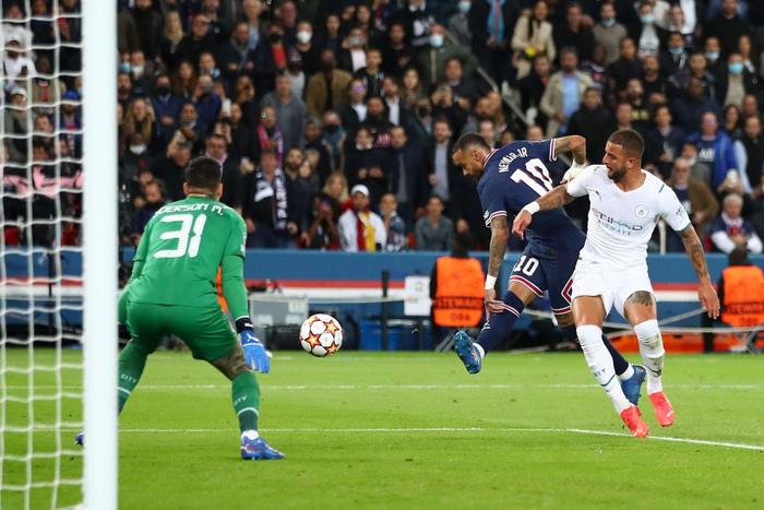 Messi cuối cùng cũng thông nòng giúp PSG hạ gục Man City trên sân nhà - ảnh 8