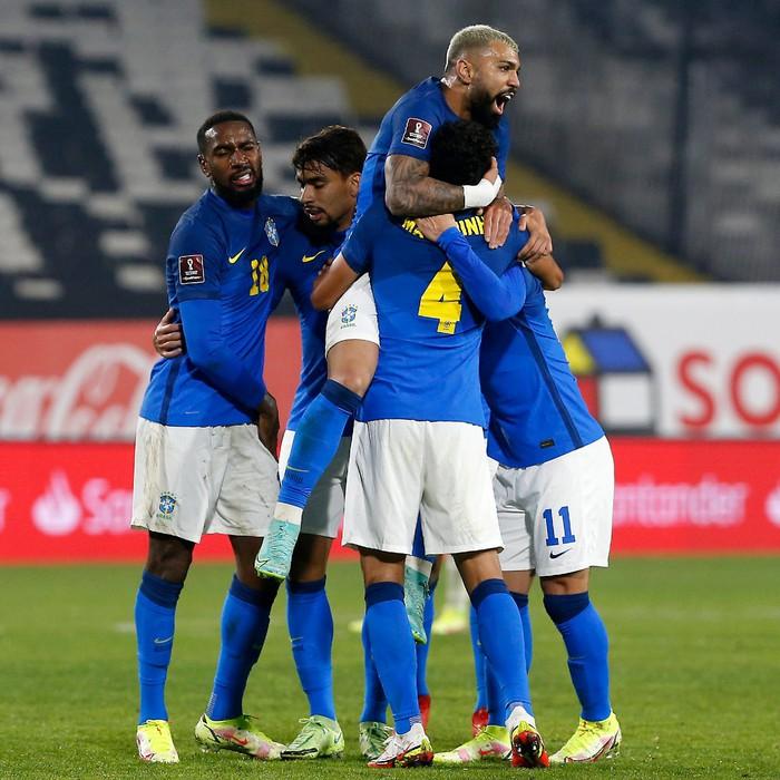 Brazil thống trị vòng loại World Cup 2022 với chuỗi 7 trận toàn thắng - Ảnh 4.