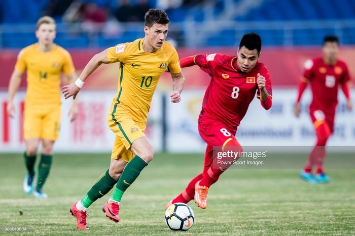 Điểm danh 3 bại tướng của lứa Quang Hải, Công Phượng trong đội hình tuyển Australia - Ảnh 3.