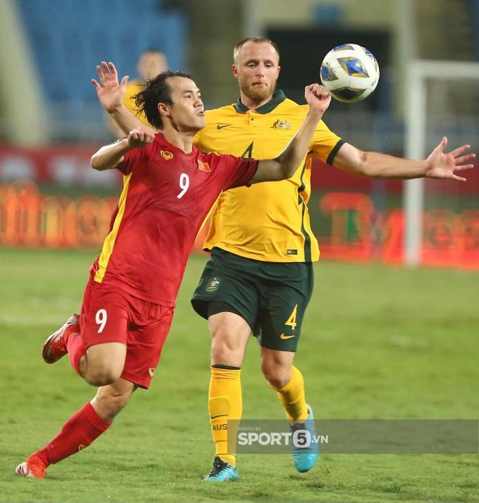 Dù thua, đội tuyển Việt Nam vẫn khiến truyền thông Trung Quốc phải ngả mũ: Họ dồn ép cả nhà vô địch châu Á - Ảnh 3.