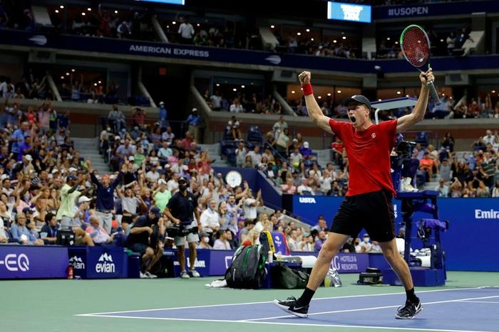 """Giải mã """"hiện tượng"""" nước chủ nhà, Djokovic vào tứ kết US Open - Ảnh 3."""