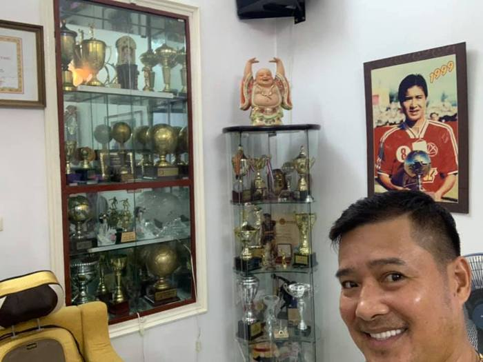 Cựu danh thủ Hồng Sơn: