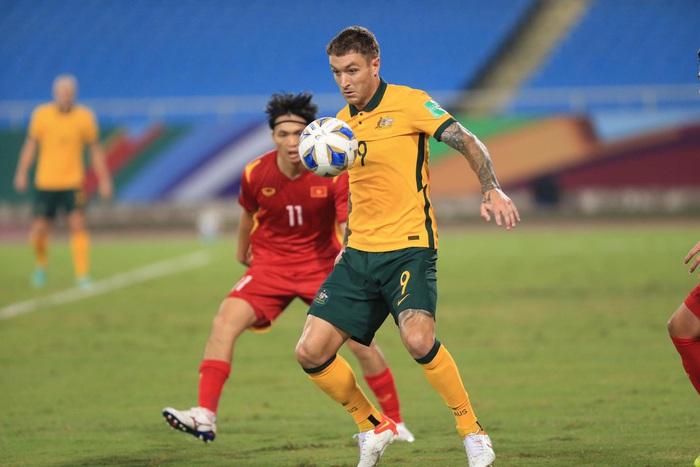 Fan Việt Nam tấn công fanpage của tuyển Australia - Ảnh 2.
