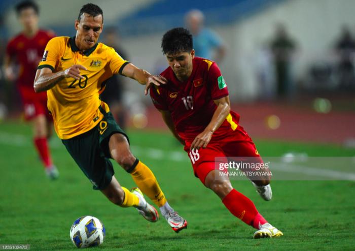 """Cầu thủ Australia: """"Nếu được đá trên mặt sân tốt hơn, chúng tôi có thể đánh bại mọi đối thủ"""" - Ảnh 2."""