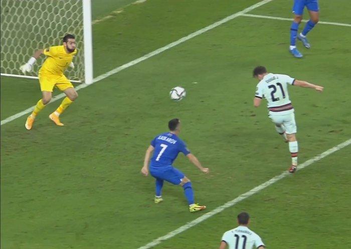 Không cần Ronaldo, Bồ Đào Nha vẫn bất bại tại châu Âu - Ảnh 7.